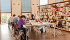 Présentation Le Master propose, en première année, une formation approfondie en science politique, à la fois diversifiée et spécialisée, ouverte à tous les étudiant.e.s ayant ou non suivi un enseignement […]